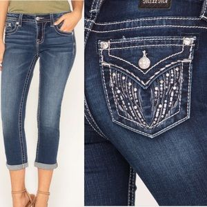 Miss Me • Sequinned Wings Capri Jeans • Size 28
